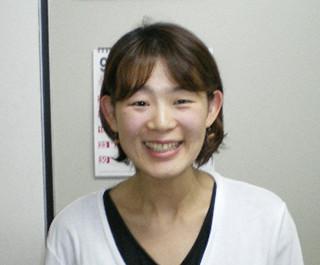 手術と言われるほどのぎっくり腰や膝痛で悩んでいた上野仁美様